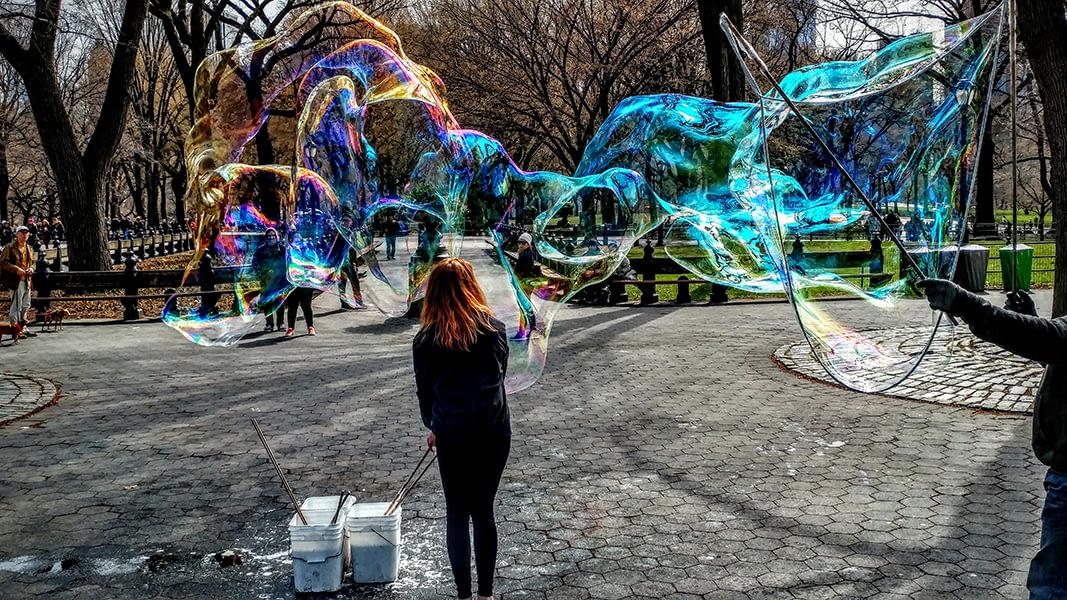 Bubbles Make People Happy